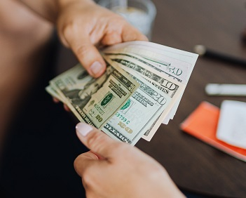 cambia dolares en peru